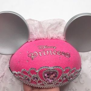Disney princess bride Minnie Mouse Ears with crown